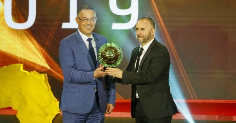 جوائز الافضل للاتحاد الافريقي لكرة القدم : تالق جزائري… حكيمي افضل لاعب صاعد وجائزة افضل اتحاد من نصيب مصر