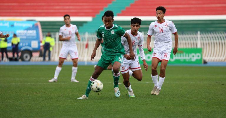 صور مباراة المنتخب التونسي ونظيره الجزائري ضمن الجولة الثالثة لتصفياتUNAF تحت 17 عاما المؤهلة الى CAN 2021