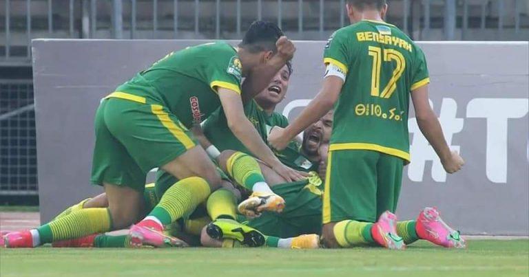 ذهاب نصف نهائي كأس الكونفدرالية : شبيبة القبائل الجزائري يعود من الكامرون بفوز ثمين